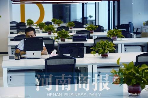 郑州共享办公室集中在东部 工位租金多千元以内