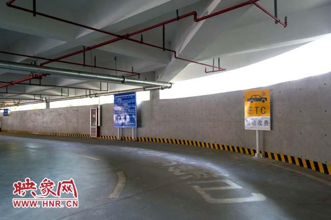 """图)""""机场t2航站楼停车场、园博园停车场、郑州东站南北停车场…"""