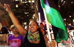 美夏洛特市取消宵禁:连续多晚骚乱抗议黑人遭枪杀