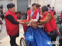 县中医院志愿服务队到福康老年公寓开展服务(图)