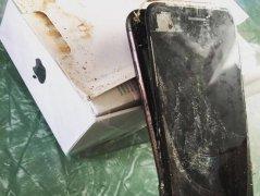 外媒:iPhone7 Plus也发生爆炸 或受外力挤压导致