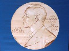 诺贝尔物理学奖授予3科学家 发现物质的拓扑相变