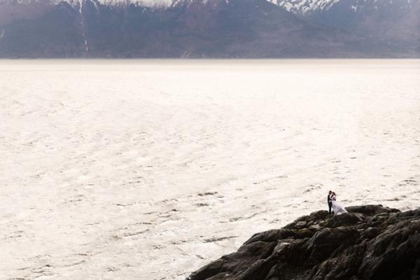 史诗般的婚礼照片 用爱去探索自然之美