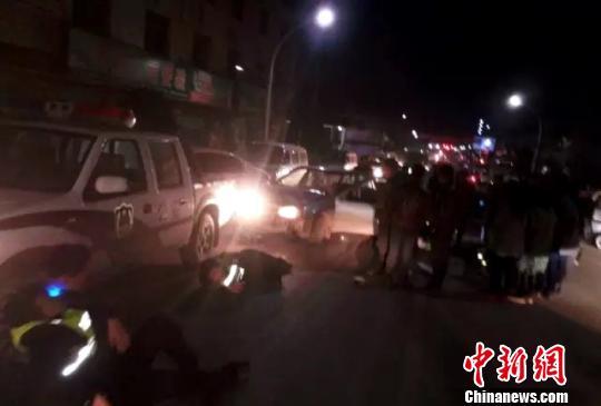 12月2日晚间,交警执法仪器拍摄到的事发现场。 龙小春 摄