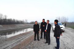 王拥军视察汾河河长制落实情况并调研农田水利基本建设工作