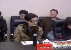 周涛告别央视后近照曝光 任首席演出官赴外地考察