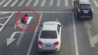 男子嫌路堵带上涂料改路标 网友: 是个人才