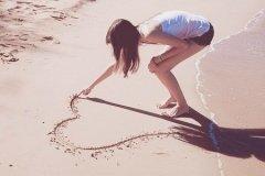 对爱情,永不将就的生肖