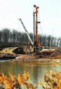 湛河又一座景观步行桥开建