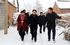 张颖波:一户过不好,就是政府的痛