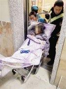 民警、消防、120联手20分钟生死营救轻生女