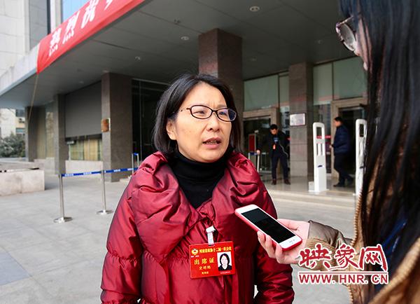 河南省政协委员史明艳