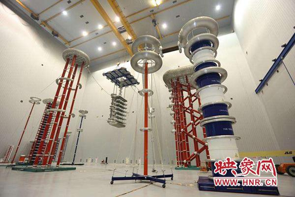 许继集团特高压直流输电工程换流阀试验中心大厅