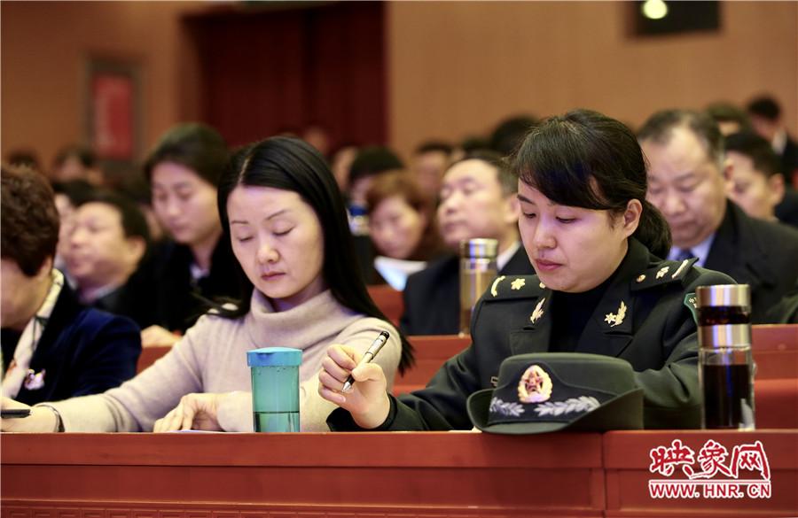 1月26日上午9时,河南省十三届人大一次会议第二次全体会议在省人民大会堂召开。