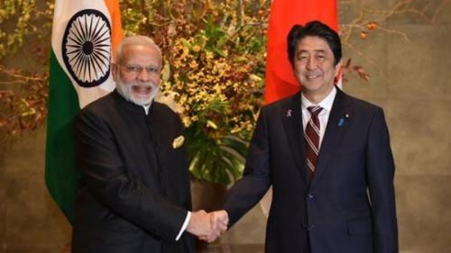 资料图片:印度总理莫迪和日本首相安倍晋三。