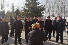 省政协副主席李英杰到我县走访慰问困难群众