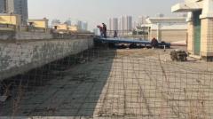 郑州一初中女生6楼坠亡 书包还留在天台上