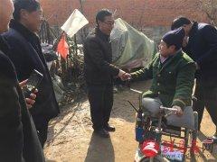泌阳县红十字会春节慰问残疾人家庭