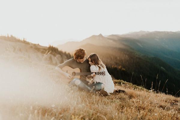 浪漫唯美情侣照片怎么拍 超温馨有爱的幸福瞬间