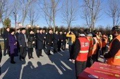 王富生带领四大班子领导走访慰问一线干部职工