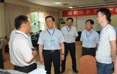 省人大常委会委员视察高招录取工作