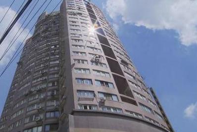 沪福海公寓楼群租、开公司 屡禁不绝当地政府难辞其咎