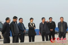 吴海燕调研重点项目建设进展情况