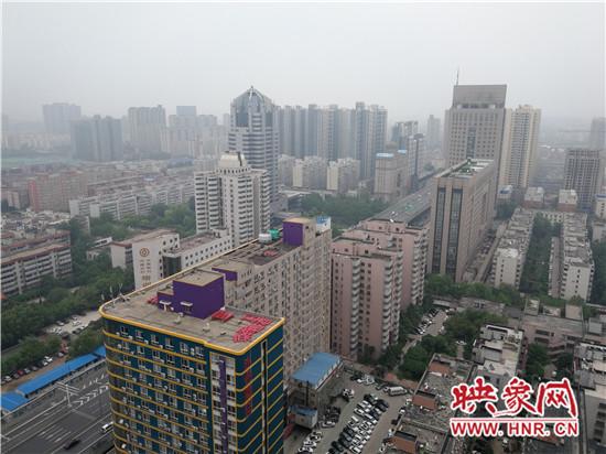 截至4月16日金水区已累计拆除1345处楼顶标识招牌