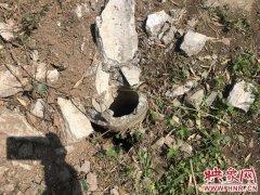 郑州一男子疑酒后驾路虎撞上线杆 致副驾驶死亡