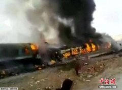 伊朗火车相撞事故至少44死100伤 天气原因导致