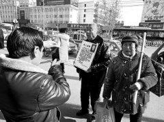 聋哑儿子十年前被拐骗 濮阳六旬夫妻踏遍10多城坚持寻找不放弃