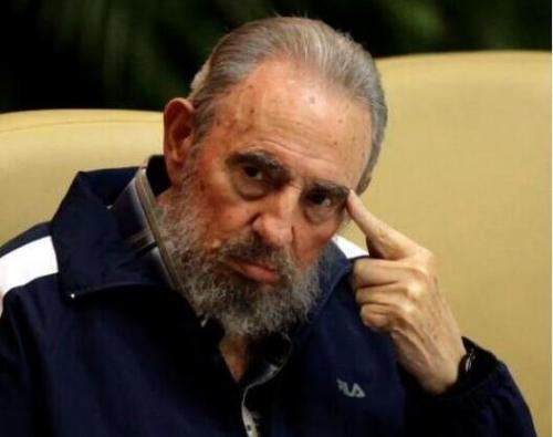 """卡斯特罗去世了,但他留下的许多经典语录,将成为古巴人民的精神遗产。其中最有名的便是""""我终将离去,但理想不朽""""。"""
