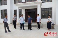 县委常委、组织部长王海涛调研村级组织活动场所建设工作