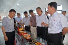 省人大环资委副主任赵建军到我县调研人居环境和农业示范园区发展情况