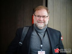 访国际超强激光委员会主席克里斯・巴提加深合作 共赢发展