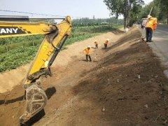 襄城县公路局大力开展国省干道沿线环境整治