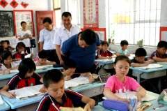 镇平县人大对全县义务教育均衡发展工作情况开展调查