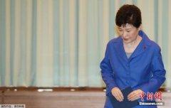 弹劾案后的韩国:朝野角力继续 总统人选杀出黑马