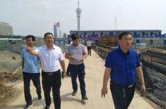 副县长杨金献实地查看空气质量自动监测站点运行及周边扬尘治理情况