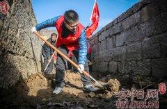 林州市国税局组织青年志愿者开展义务劳动