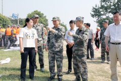 焦作军分区领导莅温勘察黄河防汛工作