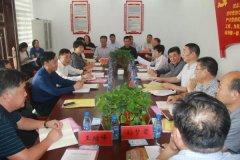 市人大执法检查组到我县检查《河南省乡镇人民代表大会主席团工作条例》贯彻执行情况