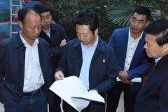 省扶贫办副主任郭奎立到我县调研指导产业扶贫工作