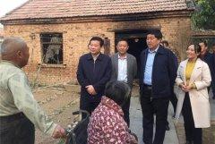 县委书记李振兴到我县部分乡镇督导脱贫攻坚工作