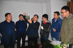 县长马同和深入城乡检查污染防治工作