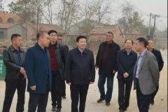 县委书记李振兴督导调研农村人居环境改善工作
