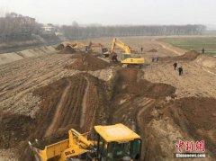 山西新绛一货车坠河致粗苯泄漏 已回收24.34吨
