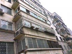 郑州一小区二楼住户装了防盗网 三楼欲起诉称带来安全隐患