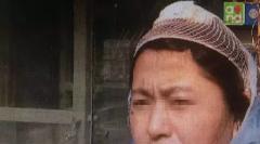 杭州大妈浴场哄孩子被打 事后在浴场里放鞭炮