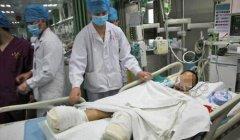 小学生遭火车碾双脚导致截肢 意外伤害可申请相关赔偿